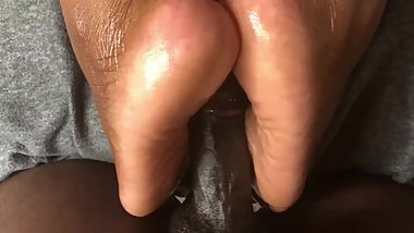 Oil Foot Job Bbw