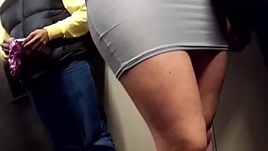 hidden cam Hot blonde milf sitted in tight miniskirt upskirt! shame on her!