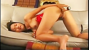 Thai babe putting a big dildo in her part6