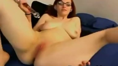 Beautiful busty redhead toying her pussy - SEXCAM888.COM
