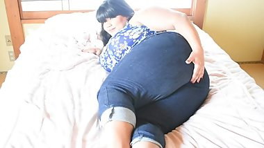 Candid of BBW Mila Loves In Jeans (from my cam session)