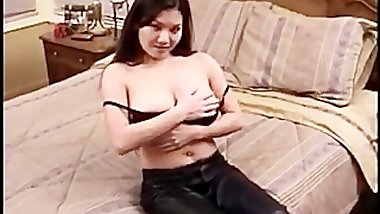 Yung the best asian cock sucker ever part4