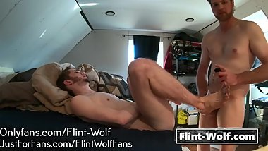 SEXY TWINK FUCKED BY CUB (Onlyfans.com/Flint-Wolf)